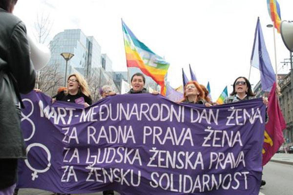 Att stå upp för kvinnors rättigheter blir allt farligare i Serbien. Foto: Women in Black/Biljana Rakocevic