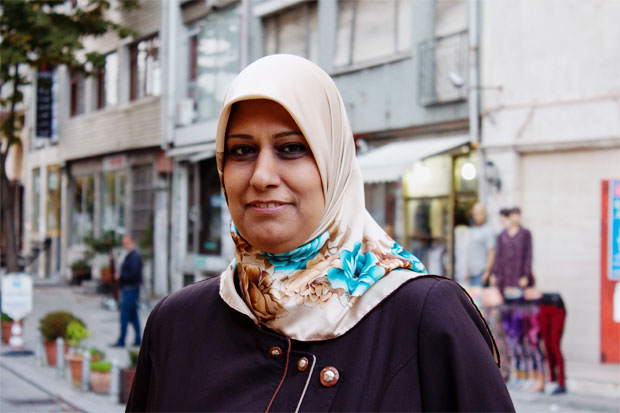 Buthainah Mahmood, grundare av Hawa, driver med stöd av Kvinna till Kvinna ett center i Moqdadiya, Irak, där kvinnor utsatta för våld kan få stöd och juridisk hjälp. Foto: Kvinna till Kvinna/Karin Råghall