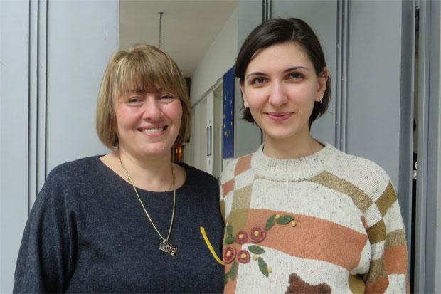 Nato Shavlakadze, ordförande och Salome Chagelishvili, fundraiser från Kvinna till Kvinnas samarbetsorganisation Anti Violence Network of Georgia driver skyddade boenden, stödlinjer och kriscentrum för våldsutsatta kvinnor. Foto: Emma Söderström