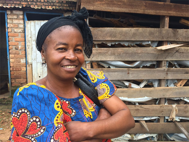 Josephine Kimbembe har genomfört många förändringar för kvinnor och barn sedan hon valdes till stadsdelschef i Shabunda, Kongo. Foto: Kvinna till Kvinna/Anna Lithander