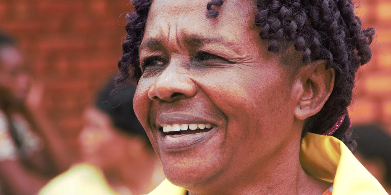 Gégé Katana Bukuru leder Kvinna till Kvinnas partnerorganisation SOFAD, som jobbar för att fler kvinnor ska delta i beslut i byar och städer – en kontroversiell fråga i ett samhälle där en kvinna inte anses ha rätt att höja rösten mot en man. Foto: Bertin Mungombe