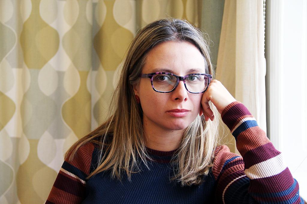 Ana Vasileva är en av initiativtagarna till Metoo-uppropet i Nordmakedonien. Hon jobbar nu för att de politiker som lovade förändring i och med Metoo ska hålla sina löften. Foto: Kvinna till Kvinna/Anna-Carin Hall