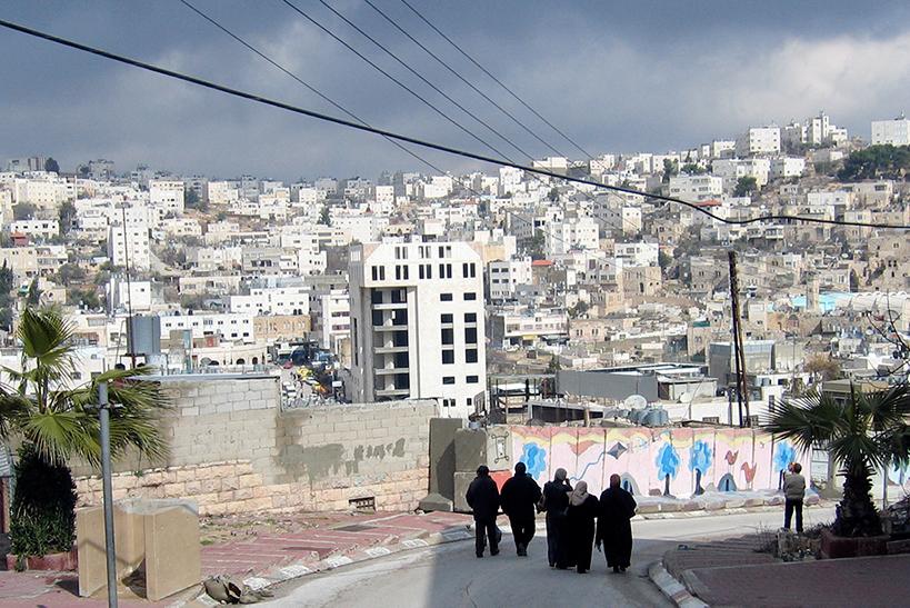 Kampen mot barnäktenskap pågår sedan länge bland Kvinna till Kvinnas partnerorganisationer på Västbanken.